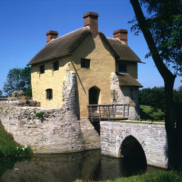Stoguersey Castle
