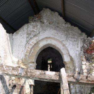 Chancel arch before repair