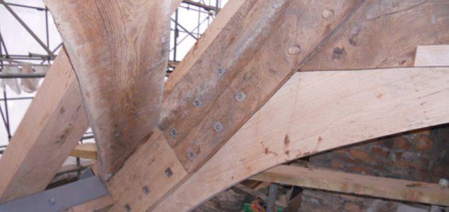 Medieval roof repair