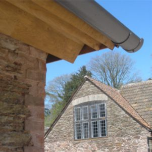 Lutyens gable retained