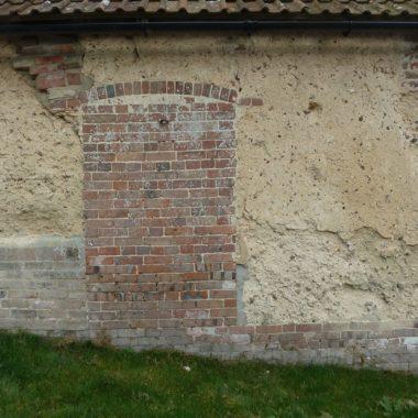 Cob and Brick Walls